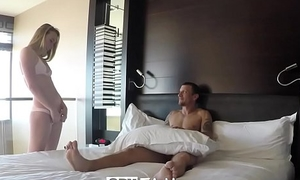 SpyFam Step sister Alyssa Cole begs be fitting of some step brother horseshit